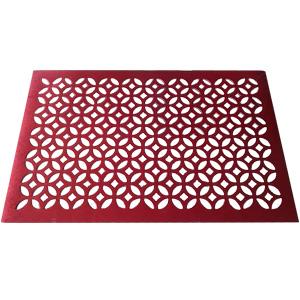 Mantel individual rectangular diseño rombos calado rojo